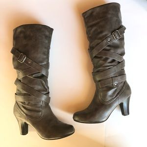 Charcoal Gray Leather Heeled Knee Buckled Boots